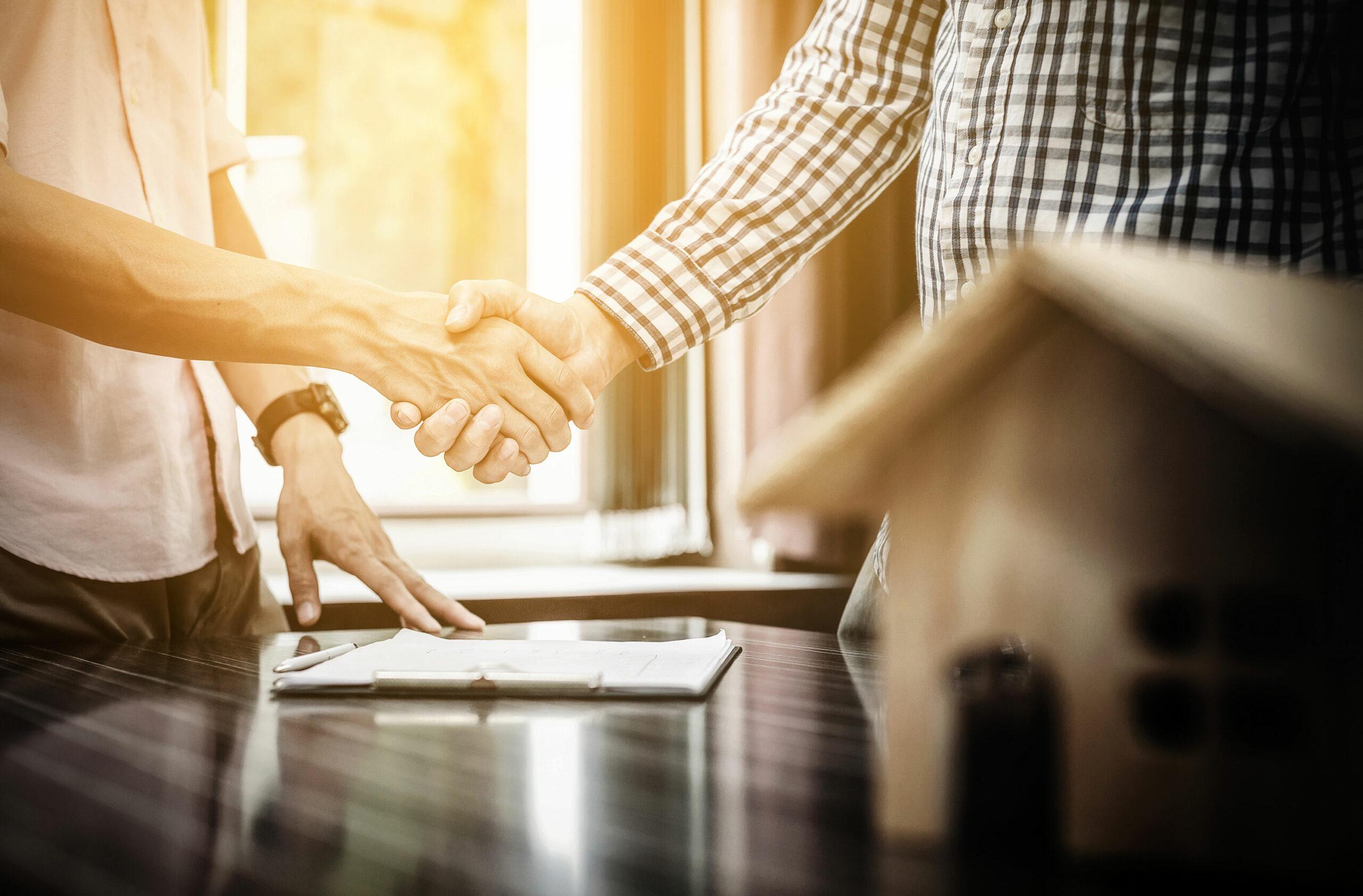 Unterzeichnung eines Immobilienvertrags
